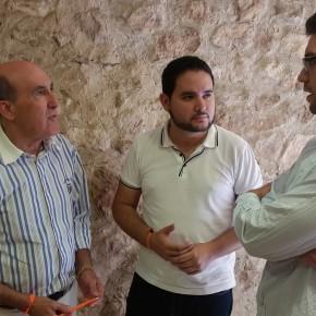 David Caballero traslada al Senador Luis Crisol las necesidades sobre el Picudo y la necesidad de potenciación del turismo ilicitano