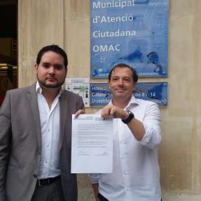 Ciudadanos y el Partido de Elche instan al Equipo de Gobierno a incluir a todos los grupos en la cartelería informativa