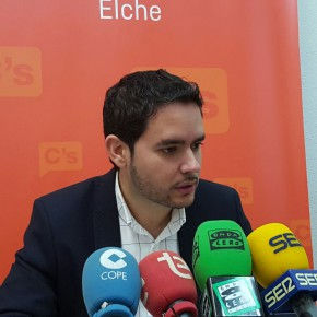 """David Caballero: """"El Alcalde vuelve a saltarse un mandato plenario lo que demuestra lo que le importa la democracia al tripartito"""""""