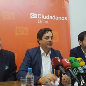 """Emigdio Tormo: """"El Consell debe actuar antes de que ocurra una desgracia en el Barranco de San Antón"""""""