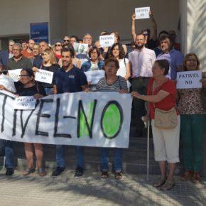 Ciudadanos acude a La Marina para la entrega al Defensor del pueblo las firmas de los vecinos contra el Pativel