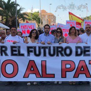 Ciudadanos acude a La Marina para apoyar a los vecinos afectados por el PATIVEL