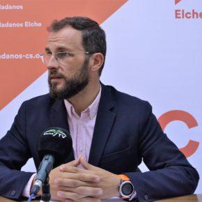 Juan Antonio Sempere presenta una moción para la realización de actividades deportivas a colectivos específicos mediante un convenio con la Universidad Miguel Hernández