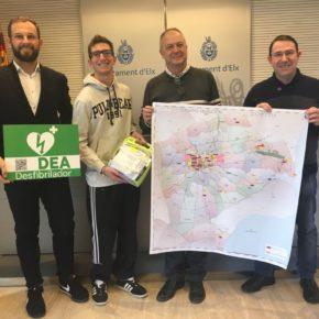 El Ayuntamiento de Elche presenta los nuevos desfibriladores exigidos por Ciudadanos Elche