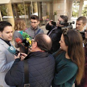 El Portavoz de Ciudadanos David Caballero denuncia el ocultismo del Tripartito por la peatonalización de la Corredora